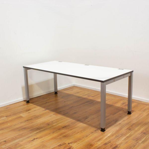 König & Neurath Schreibtisch Basic 4 - 180x80 weiß - 4-Fußgestell in silber