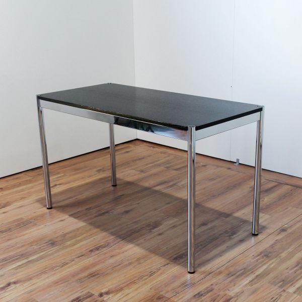 USM Haller Schreibtisch 125 x 60 cm Eiche Schwarz