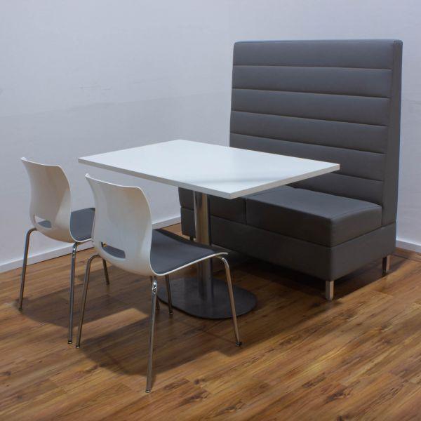 Lounge-Set - Allermuir Casper Chairs weiß und Davison Highley Engage Highback Sofa Leder grau