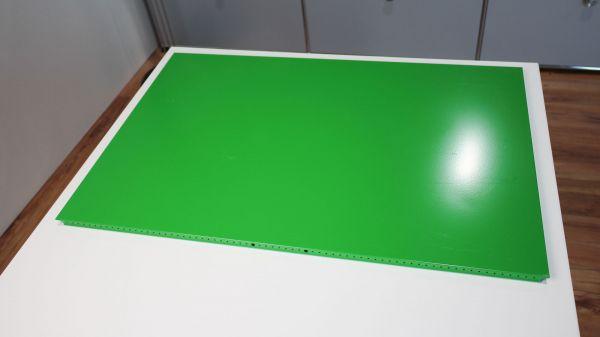 USM Haller Tablar Grün 75 x 50 cm