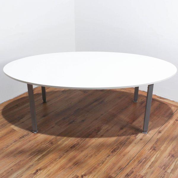 König & Neurath Konferenztisch Platte Weiß Oval 4Fuß-Gestell Silber