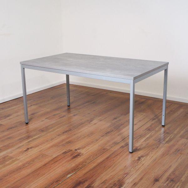 FM Büromöbel Schreibtisch 140 x 80 cm - Platte Beton farben - Gestell 4-Fuß silber