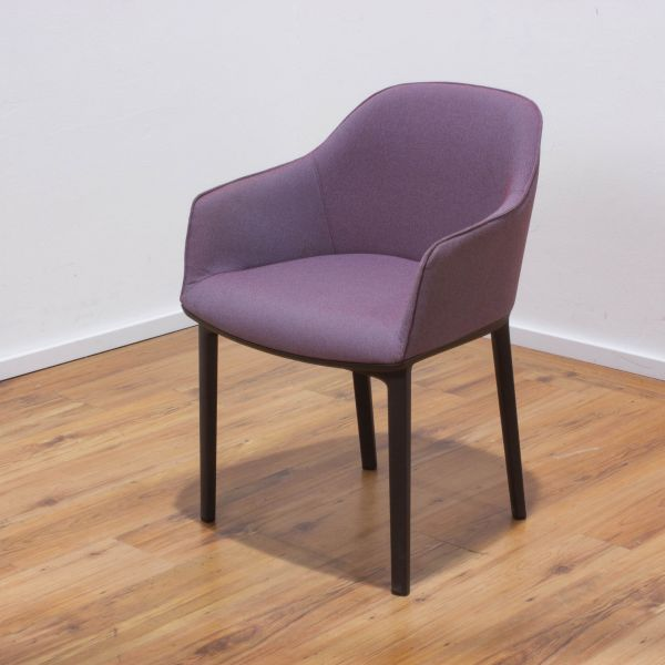 "Vitra ""Softshell"" Chair dunkelrot / eisblau - Gestell 4-Fuß schwarz"