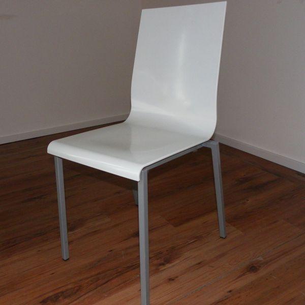 Pedrali Kuadra Besucherstuhl - Kunststoff in weiß - Gestell silber