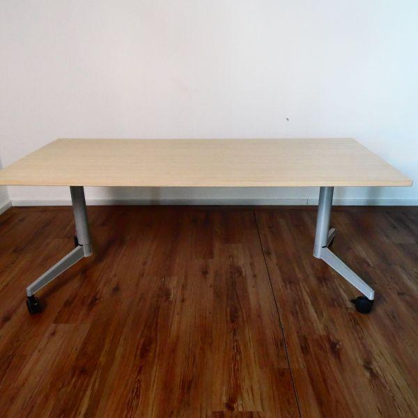 Schreibtisch mit Klappfunktion auf Rollen - 180x80 cm - ahorn - Gestell silber