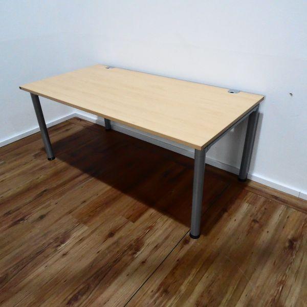 Hund Schreibtisch - 160x80 cm in Buche - 4-Fußgestell silber - neue Generation
