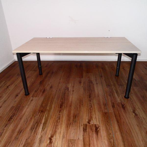 Haworth Schreibtisch - Platte in Ahorn - 160x80 cm - 4 Fußgestell anthrazit