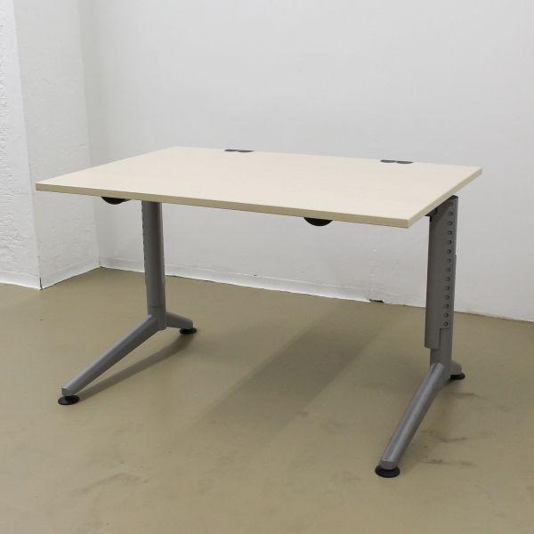 Dyes Schreibtisch - 120 x 80 cm - Platte ahorn - Gestell silber