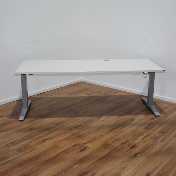 König & Neurath - elektr. Schreibtisch - 200 x 80 cm - Platte weiß %Angebot des Monats%