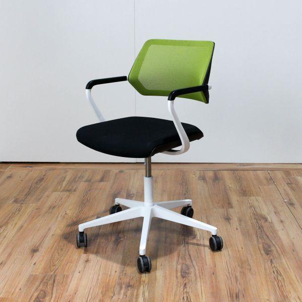 Steelcase QiVi Konferenzstuhl Netzrücken Stoff apfelgrün