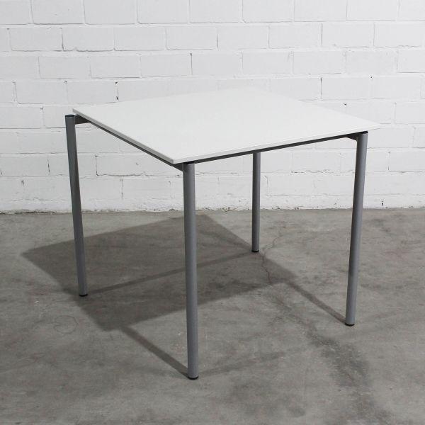 VS Besprechungstisch 80x80cm Weiß 4-Fuß Silber