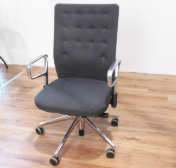 """Vitra Bürodrehstuhl """"ID Chair"""" - Stoff in grau - Gestell chrom"""