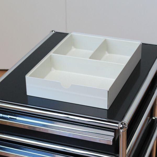 USM Haller Schubladeneinsatz / Materialschale / Ablage / A6 weiß/lichtgrau