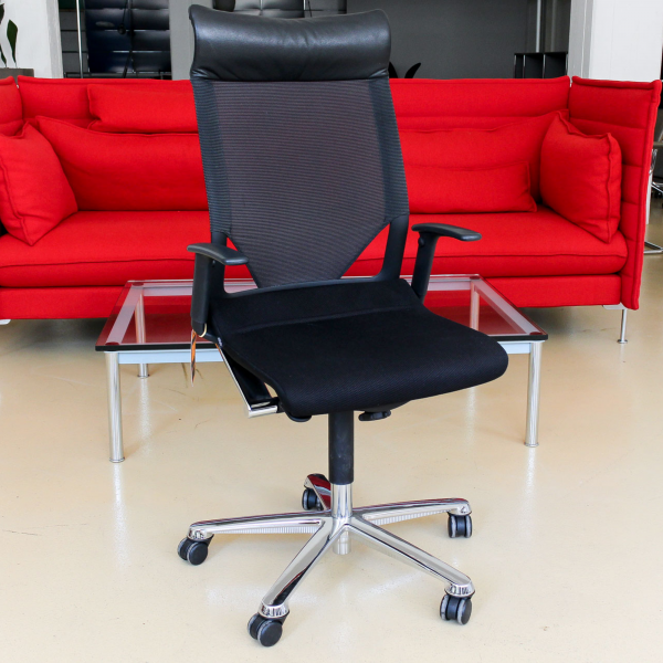 Wilkhahn Modus Executive Bürodrehstuhl Stoffbezug Schwarz Chrom Gestell
