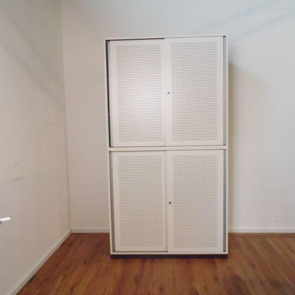 Sedus Sideboard 6OH - Korpus in weiß - Akustik-Schiebetüren weiß