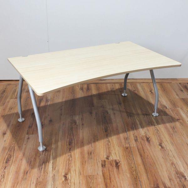 Werndl Schreibtisch - 160x100cm CP-Form in Ahorn - A-Fußgestell in silber