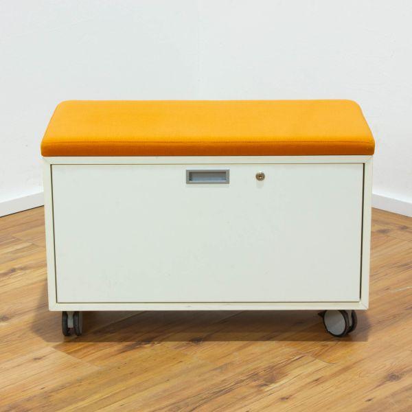 VS Rollcontainer seitlich öffnende Lade weiß mit Sitzkissen orange