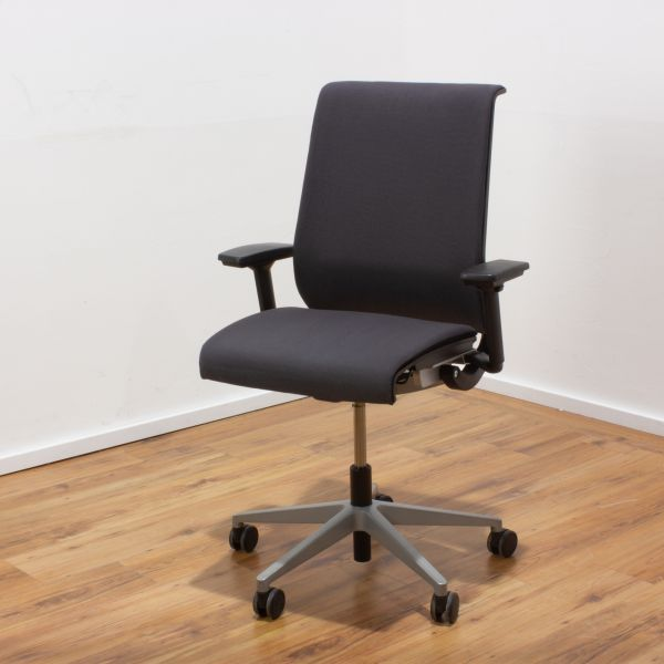 """Steelcase """"Think"""" Bürodrehstuhl grau - mit Polsterauflage"""